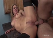 Savanna Samson: Stripped, Scene 1